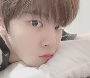 ウソクのあざとインスタグラム♡「おやすみ~~~」の破壊力w w w