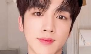 ヨハンがELLE KOREA 2020年4月号に登場する模様。